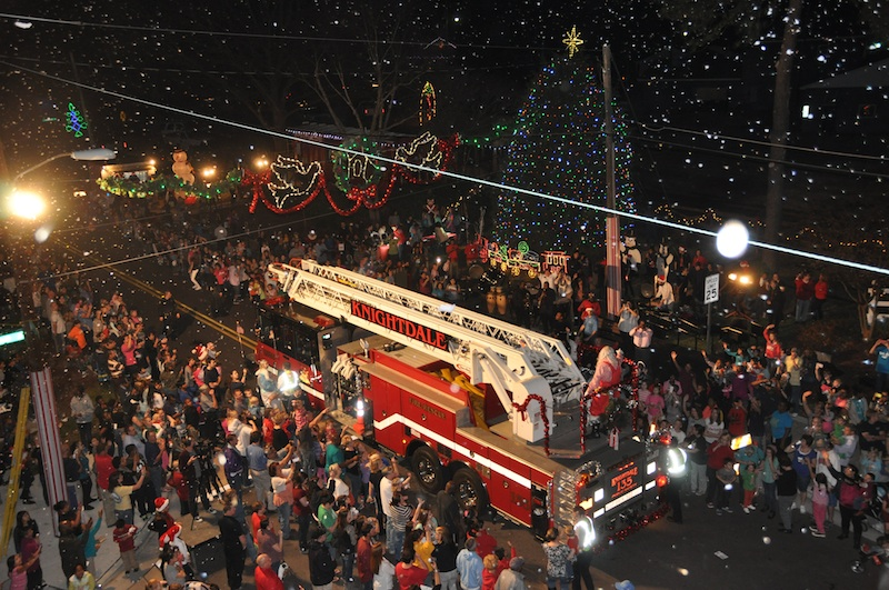 Knightdale's Christmas on First Avenue
